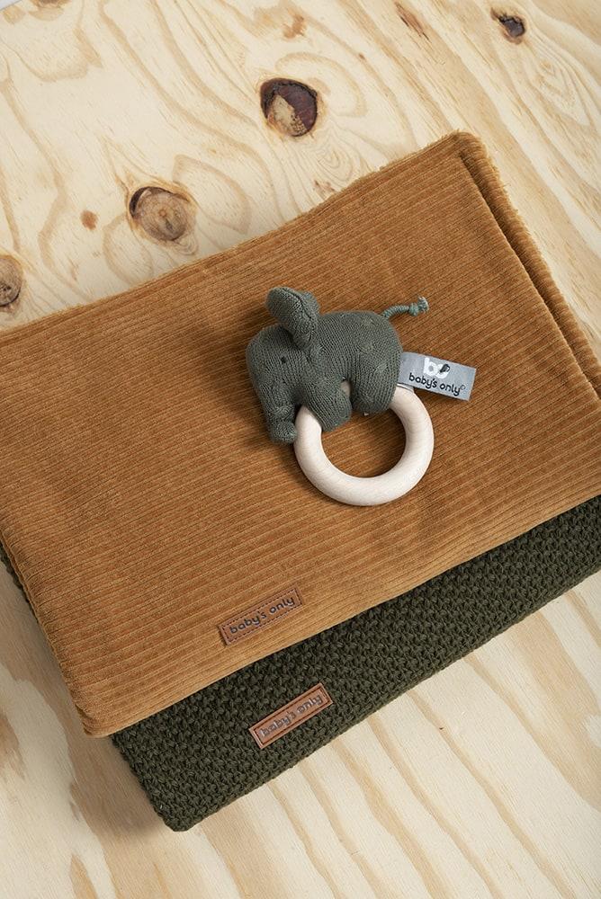 houten rammelaar olifant khaki