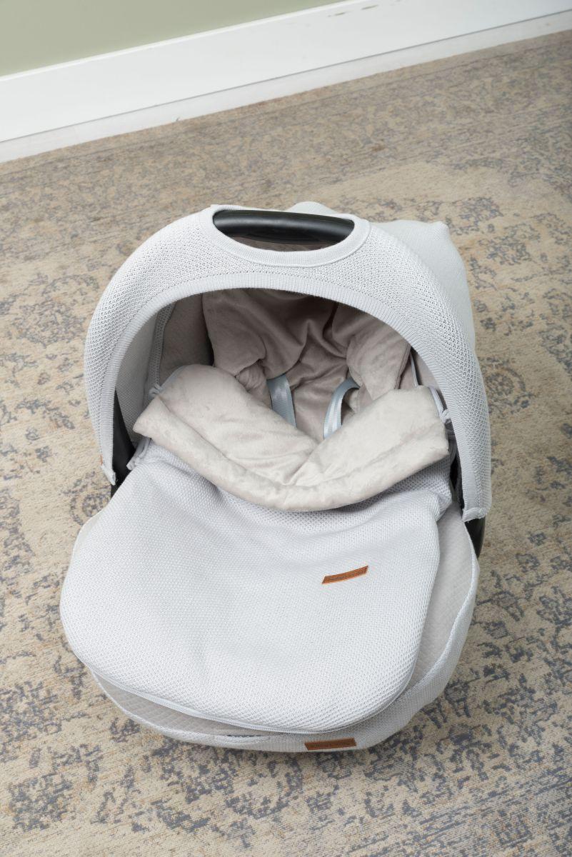 2033 babys only classic voetenzak autostoel 2