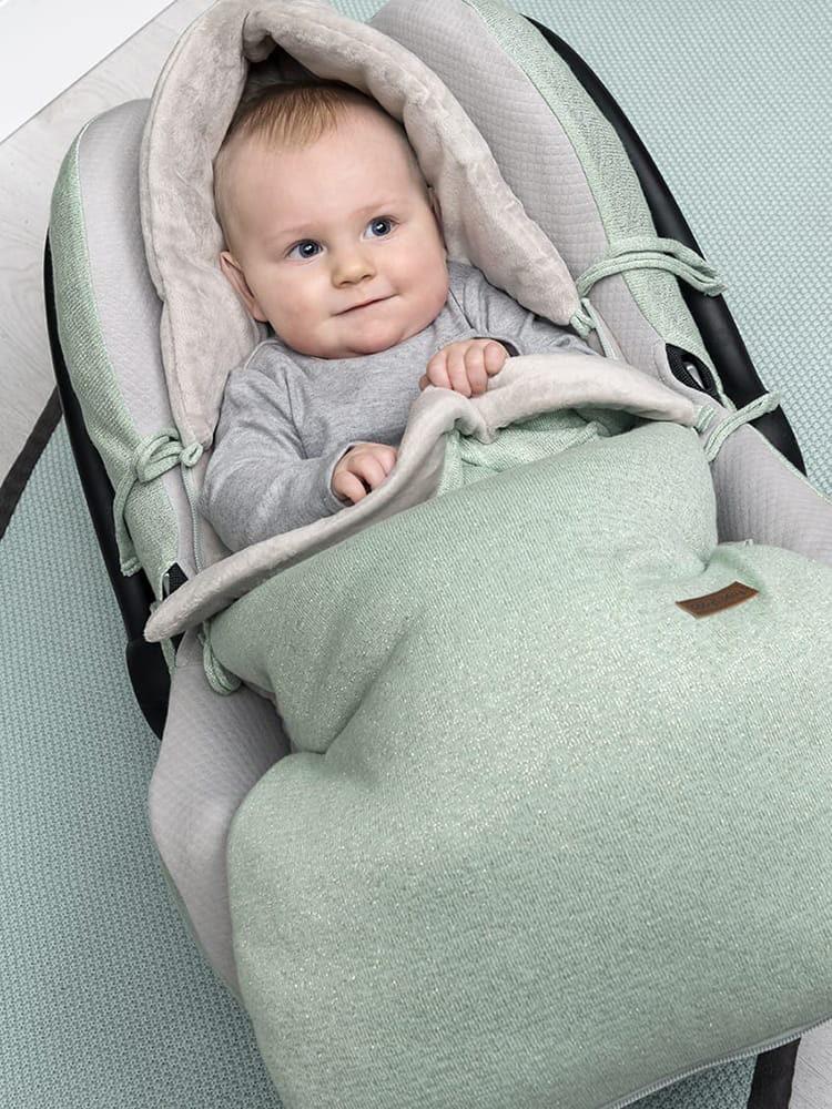 voetenzak autostoel 0 sparkle zilverroze mlee