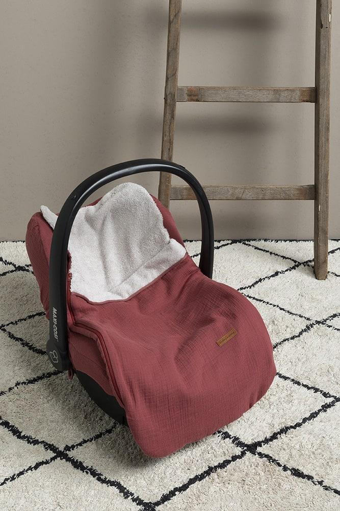 zomervoetenzak 0 autostoel breeze stone red